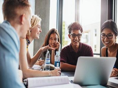 college students build credit e1506524204607