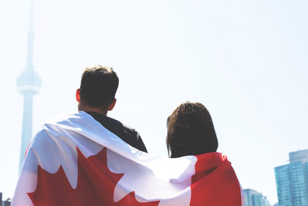 canada flag couple 4460x4460